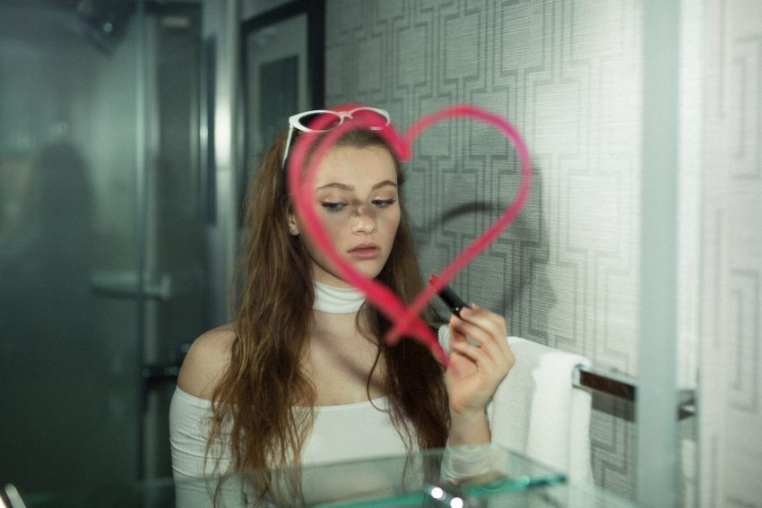 How to Navigate Loving a Narcissist